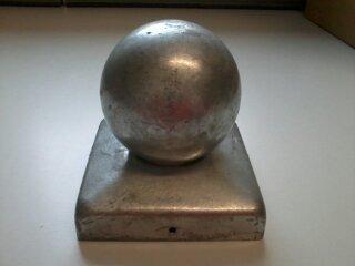 Intergard Pfostenkappe mit Kugel Verzinkt 91 x 91 mm